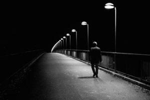 Nguyên tắc bảo vệ cho bạn để an toàn khi ra ngoài ban đêm