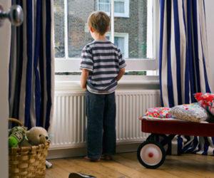 Những kỹ năng cần trang bị khi bé ở nhà một mình